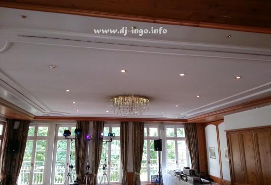 DJ Zons Friedestrom Hotel Schloss Hochzeit Heirat Discjockey Mobildisco 3
