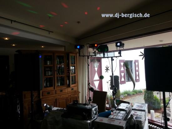 Malteser Komturei Bergisch Gladbach Herrenstrunden DJ Hochzeit Discjockey Mobildisco 4